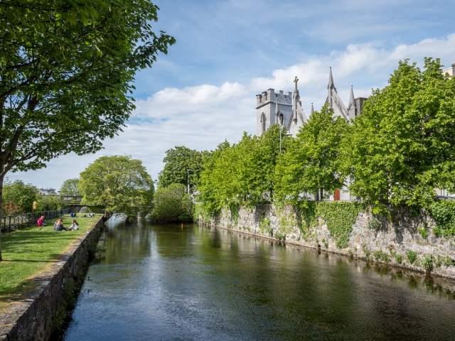 Les canaux dans la ville haute de Galway