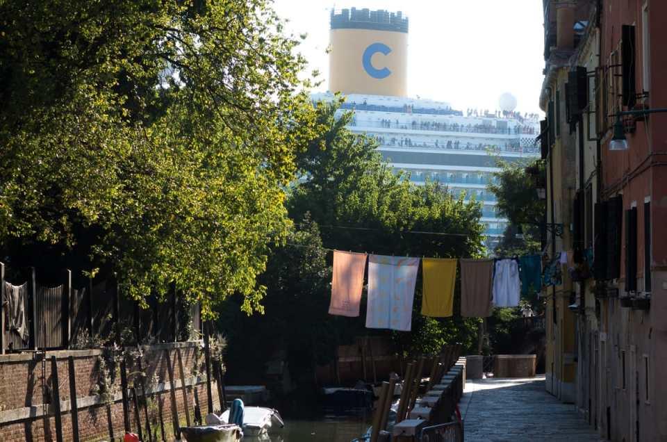 Accident de paquebot à Venise : Fuori le grandi navi !