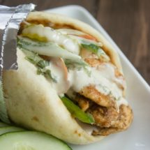 Quick And Easy Chicken Gyros With Tzatziki Sauce Gimme Delicious
