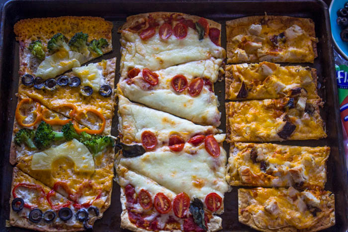 How to Make Quick, Easy and Healthy Pizza in 20 Minutes or Less #FlatoutLove #FlatoutIsMyCanvas