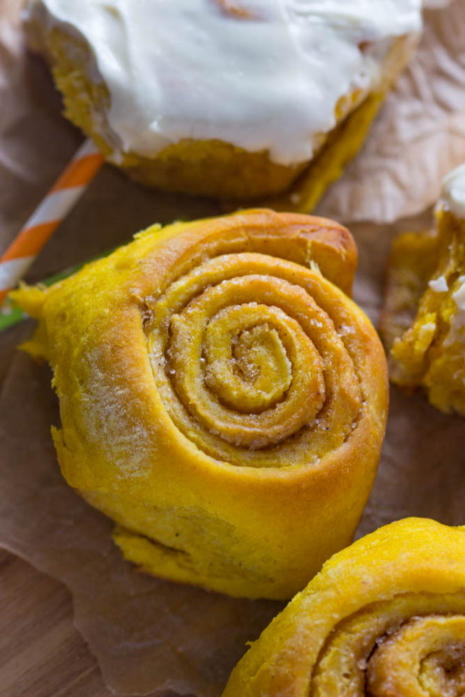 Soft & Fluffy Pumpkin Cinnamon Rolls