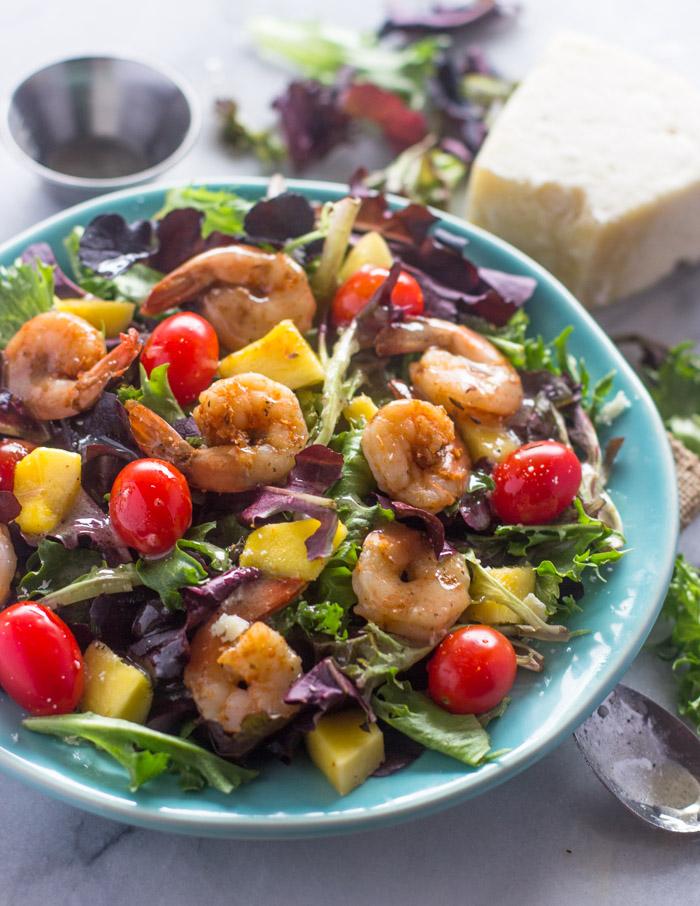 Shrimp Mango Salad with Lime vinaigrette
