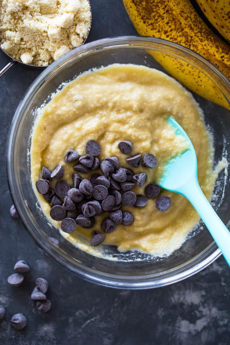 Moist Almond Flour Banana Pancakes (Gluten Free, Low-carb )