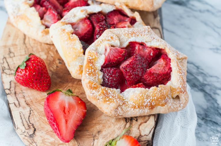 Best-Strawberry-Galette-dessert-recipe