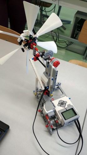 LEGO robot (3)