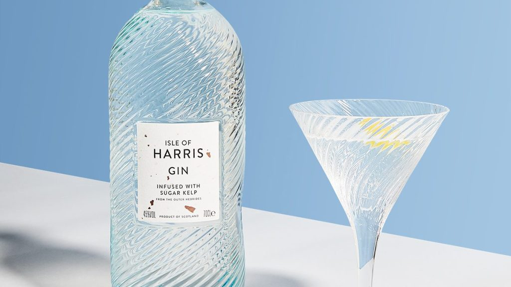 Isle of Harris gin Minch Martini