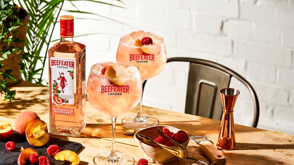 Beefeater Peach & Raspberry Gin serve