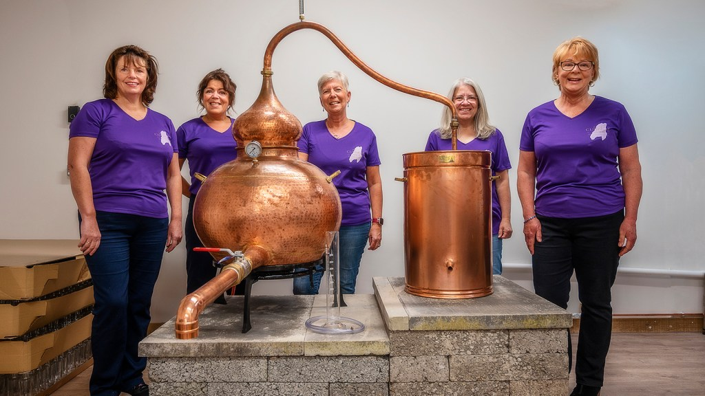 Isle of Cumbrae Distillers team