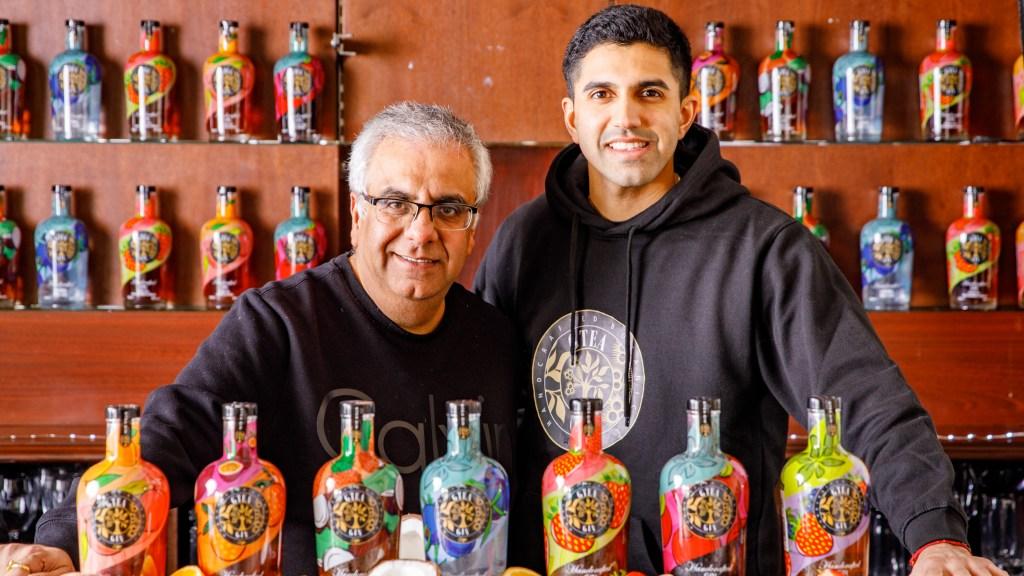 Paresh and Roshan Thakkar, founders of Gtea Gin