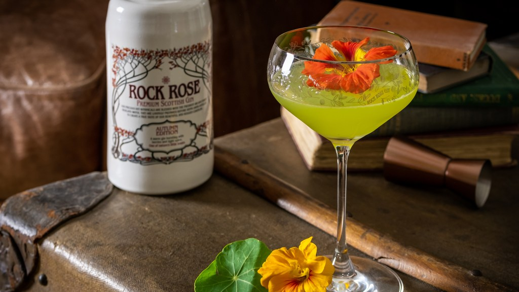 Rock Rose Autumn Edition Gin Green Thumb Cocktail