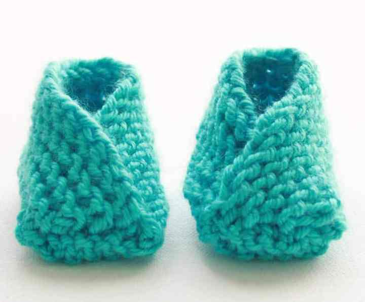 Very Easy Knit Baby Booties Knitting Pattern