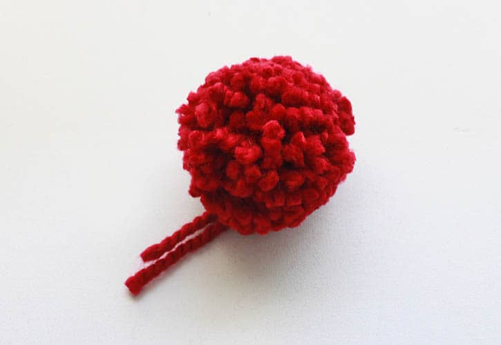 How to Make Perfect Pom Poms