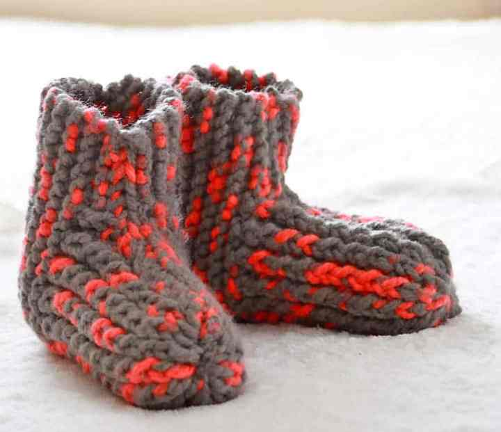 Snow Day Slippers Knitting Pattern
