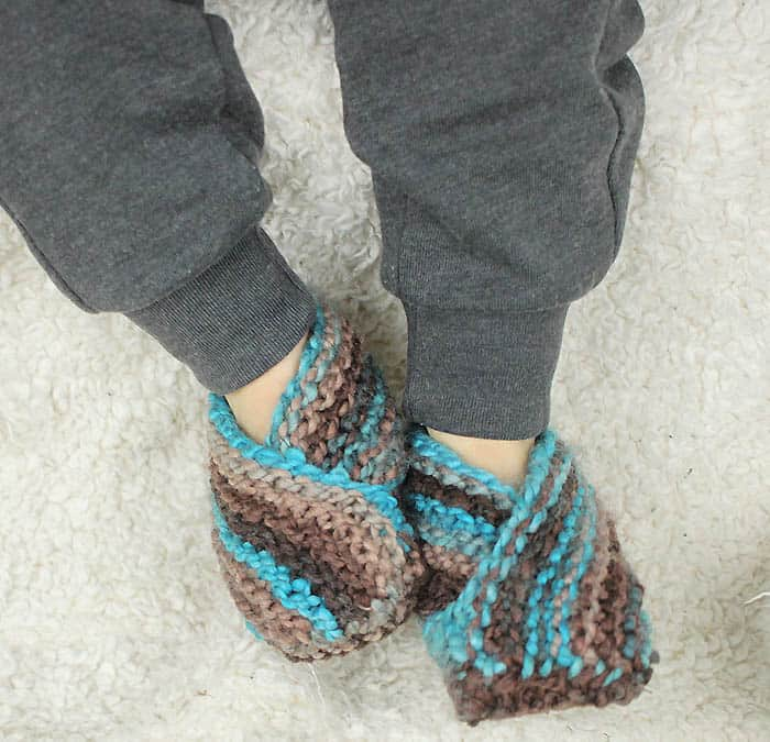 Easiest Toddler Slippers Knitting Pattern - Gina Michele