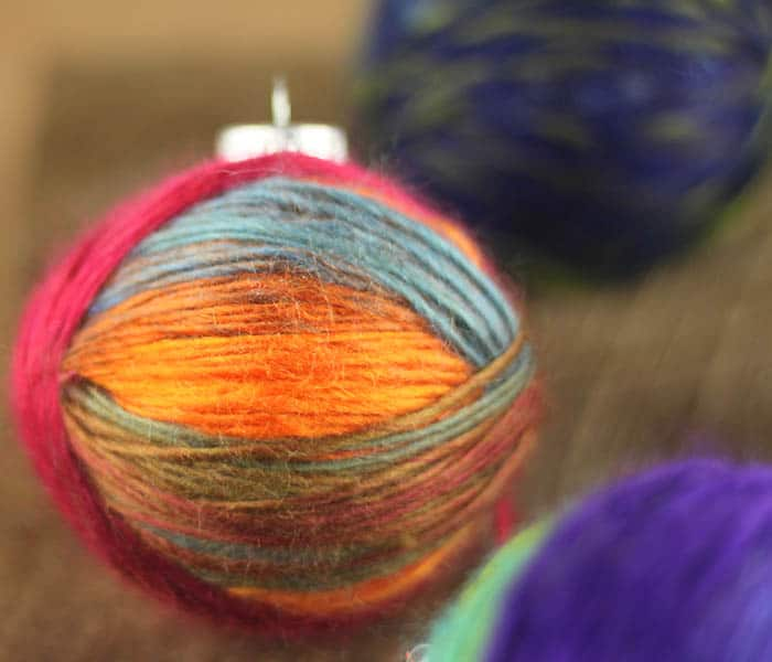 Easy Christmas Craft Yarn Wrapped Ornaments