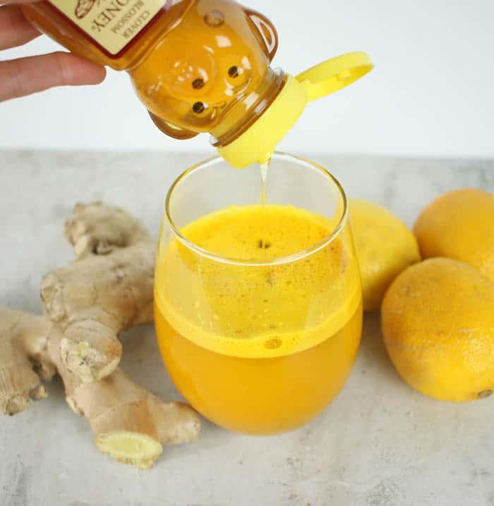 Detoxing Turmeric Tonic Recipe