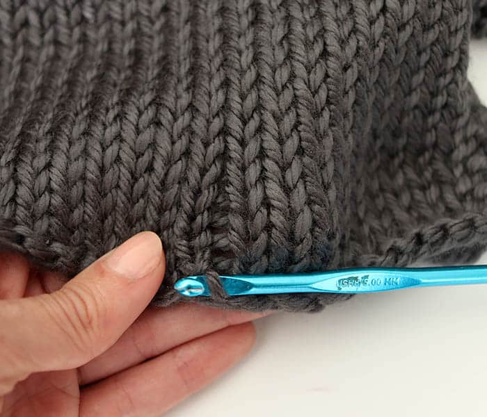 How to Create Knit Plaid the Easy Way