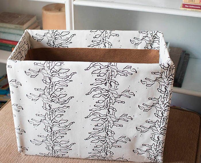 Fabric Storage Baskets DIY- no sew!