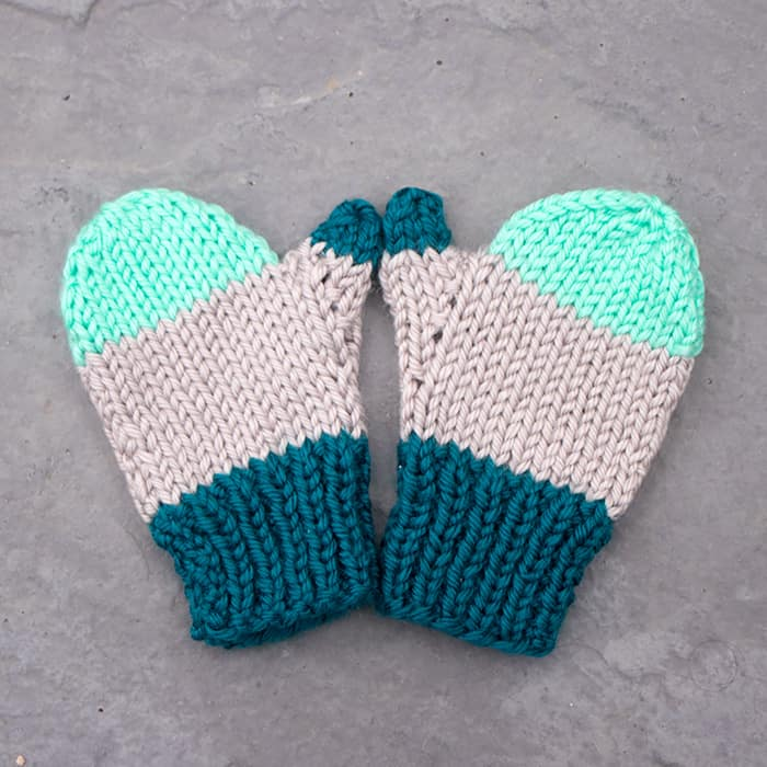 Flat Knit Kids Mittens Knitting Pattern