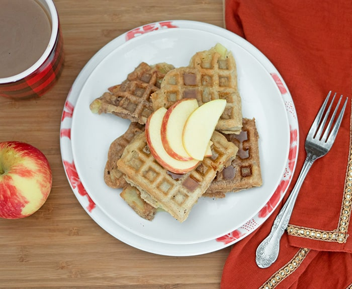 Vegan Apple Cinnamon Waffles