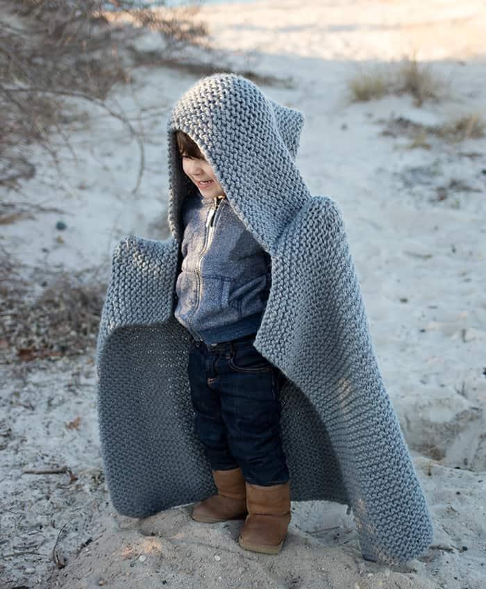 Mẫu đan chăn trùm đầu cho bé