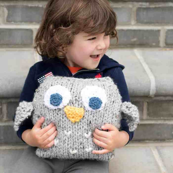 Easy Plush Owl Knitting Pattern by Gina Michele
