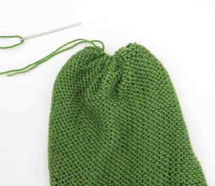 Beginner Flat Knit Hat Knitting Pattern by Gina Michele
