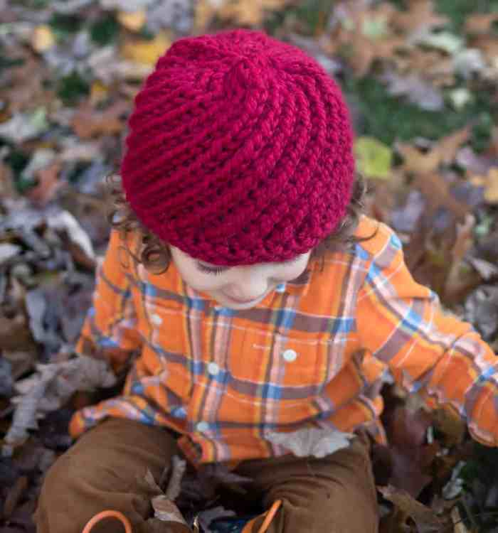 Kids Swirl Hat Knitting Pattern by knitting blog Gina Michele