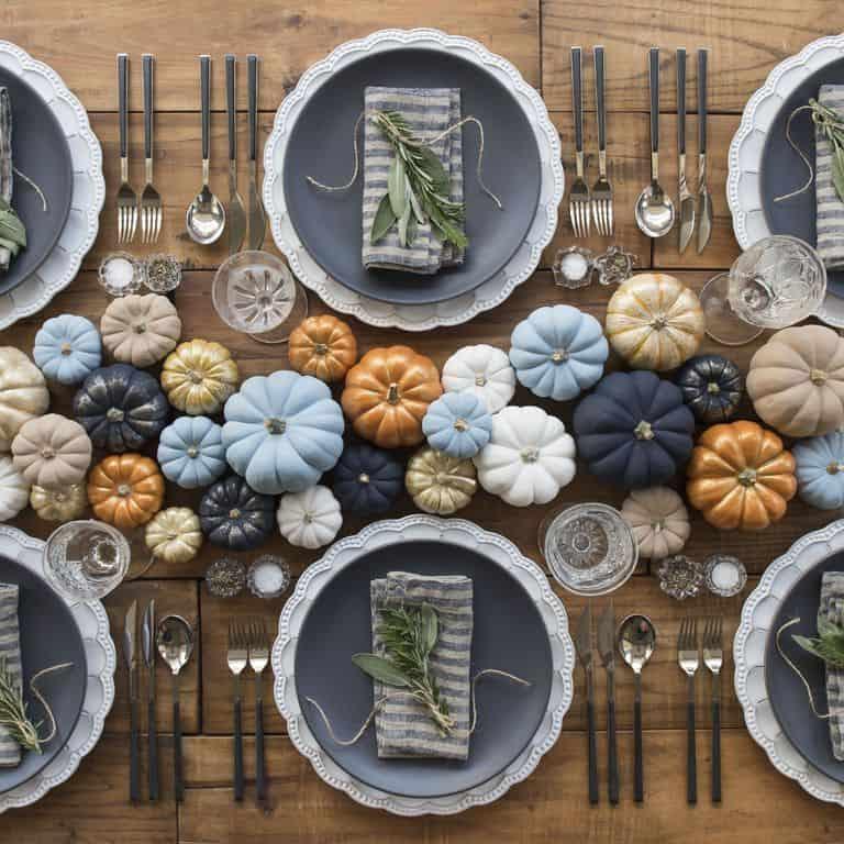 Rustic Thanksgiving Table Setting