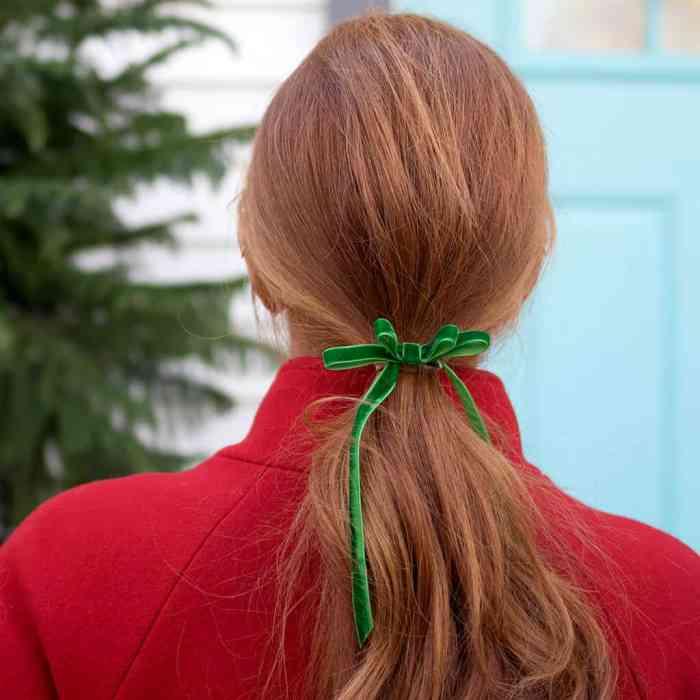 Velvet Hair Bow DIY
