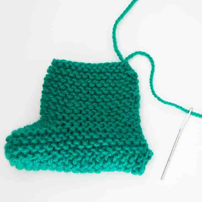 Garter Stitch Booties Knitting Pattern