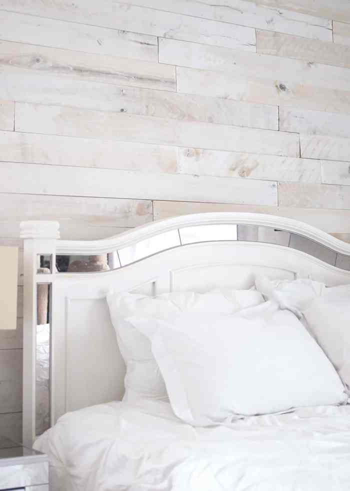 Weathered Plank Wall DIY