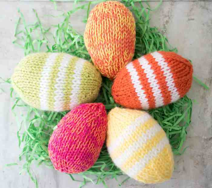 Easy Easter Eggs Knitting Pattern