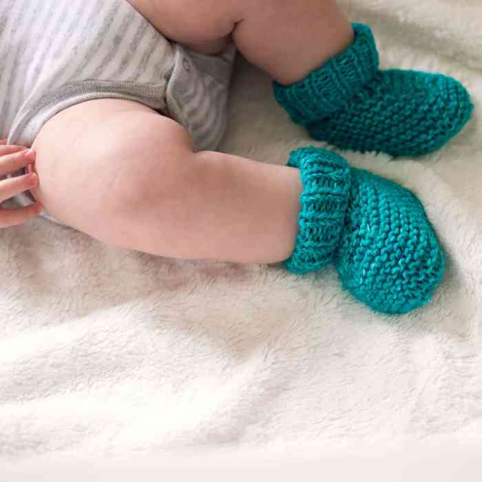 Straight Needle Baby Booties Knitting Pattern by Gina Michele