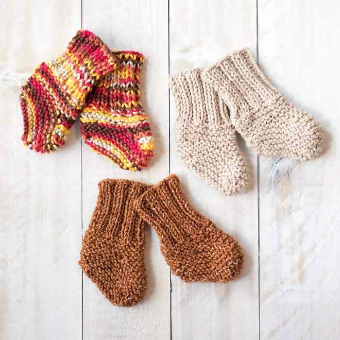 Easy Baby Socks Knitting Pattern
