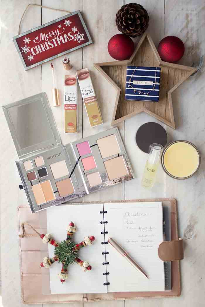Holiday Party Essentials with Babbleboxx