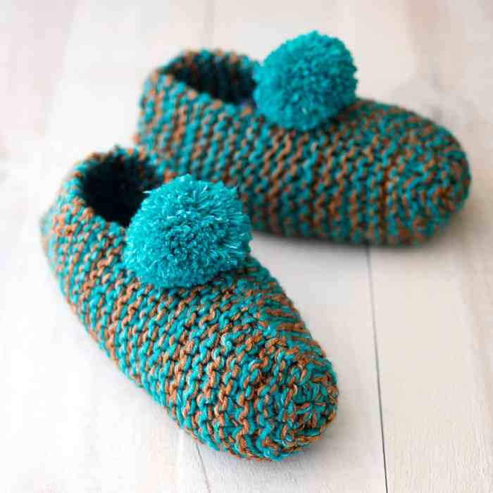 Easy Slippers Knitting Pattern