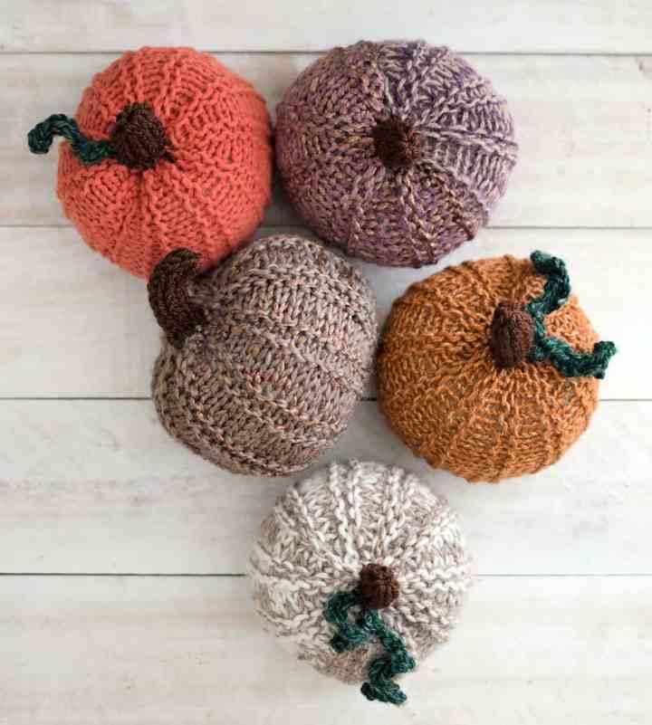 Straight Needle Knit Pumpkins