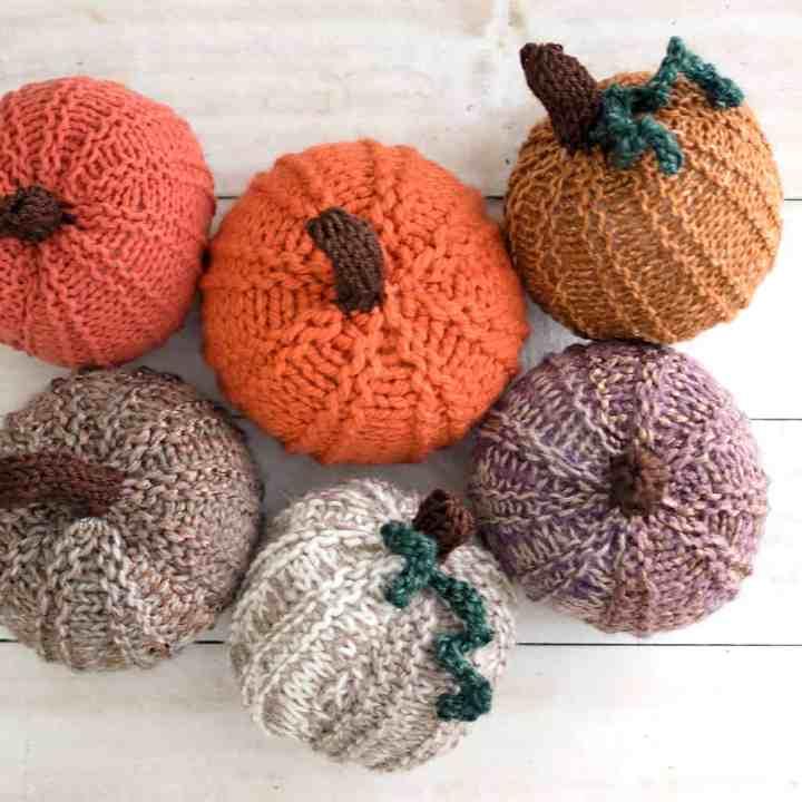 Straight Needle Pumpkin Knitting Pattern