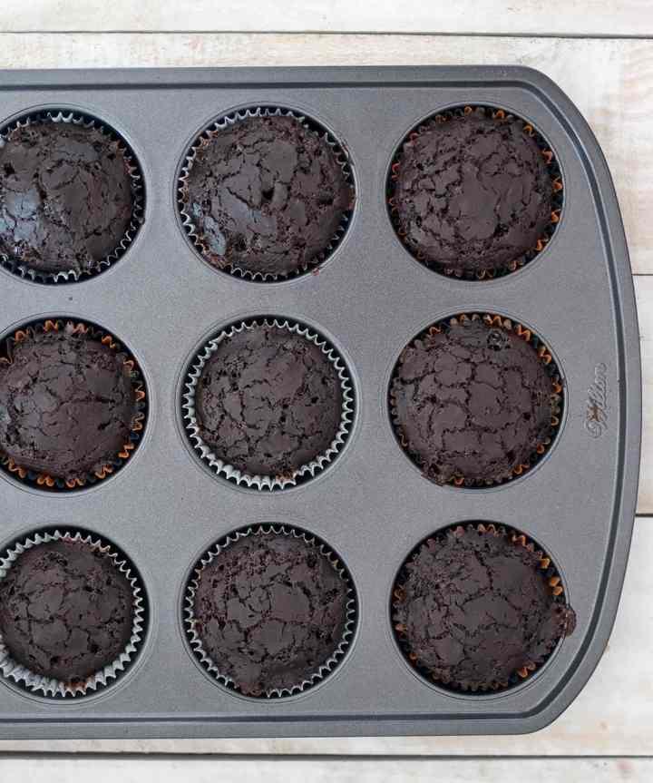 Easy Vegan Chocolate Halloween Cupcakes