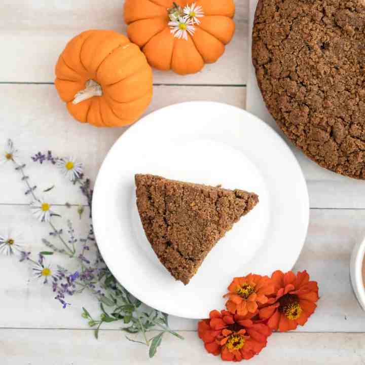 Vegan Pumpkin Crumb Cake