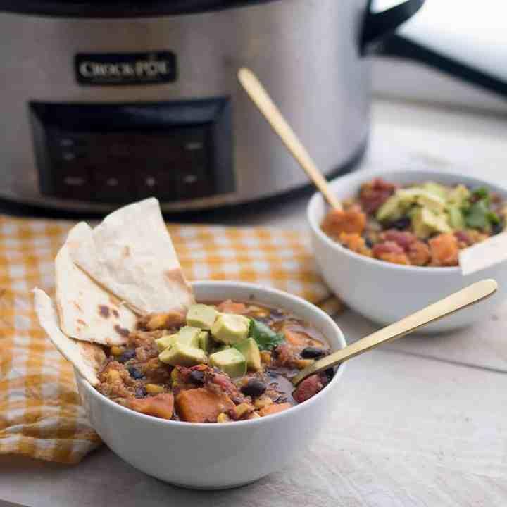 Slow Cooker Vegan Black Bean and Quinoa Stew