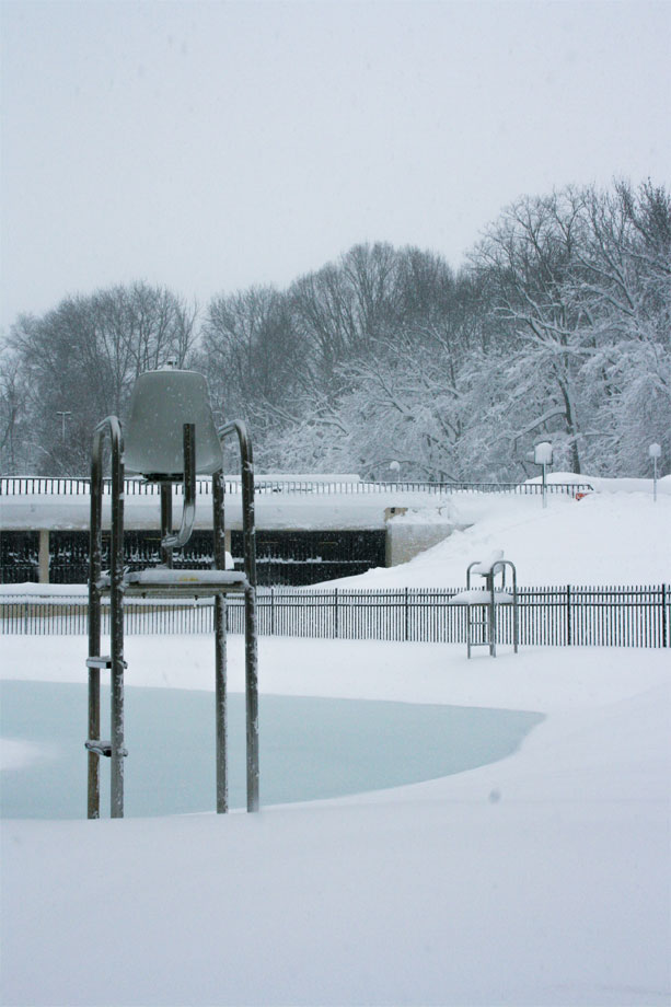 an empty and frozen swimming pool