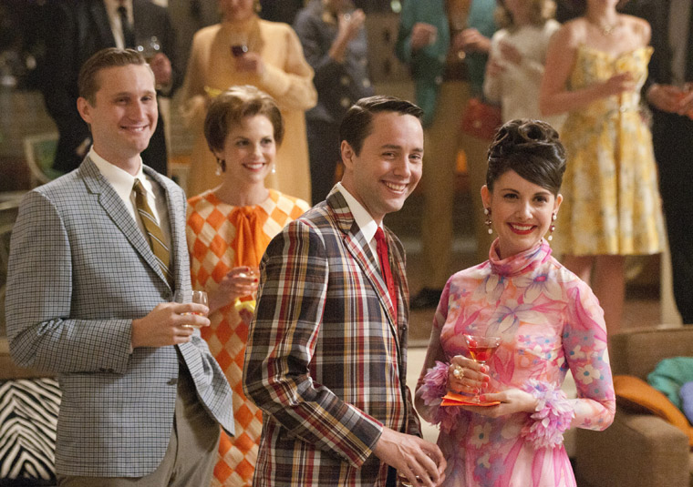 'Mad Men' Season 5 premiere recap: Don DID marry Megan and promoted her to copywriter, but even the happy couple isn't all that happy (1/2)