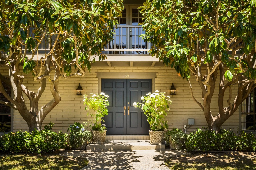 30 Trophy Ct Hillsborough CA-print-009-Front Entry-3872x2581-300dpi