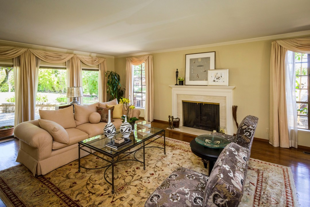 30 Trophy Ct Hillsborough CA-print-018-Living Room-3871x2583-300dpi