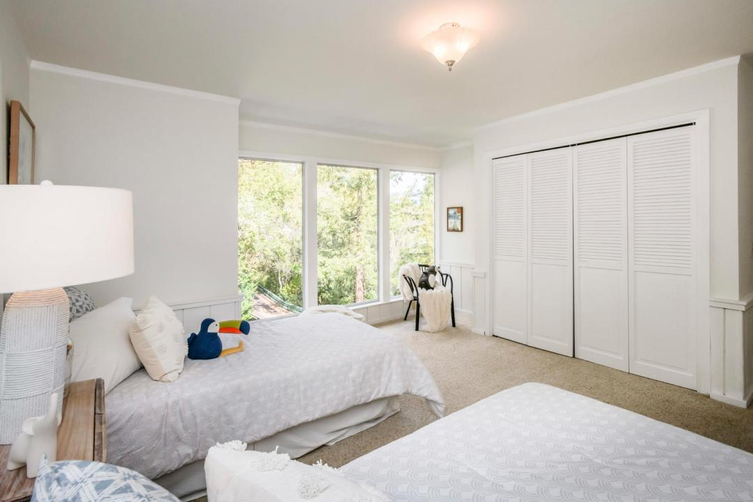 3029 Canyon Rd Burlingame CA-large-023-17-Bedroom-1500x1000-72dpi