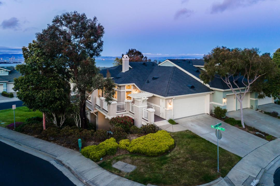 173 Red Hawk Ct Brisbane CA-large-037-39-Twilight Aerial-1500x1000-72dpi