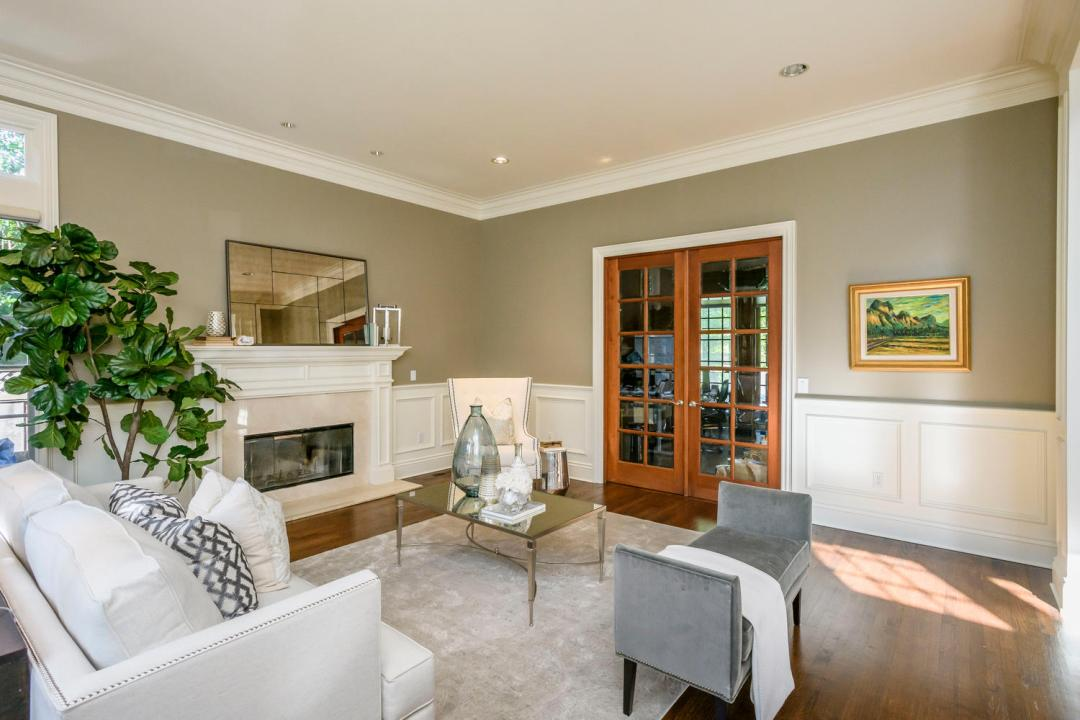 724 Edgewood Rd San Mateo CA-large-006-9-Living Room-1500x1000-72dpi