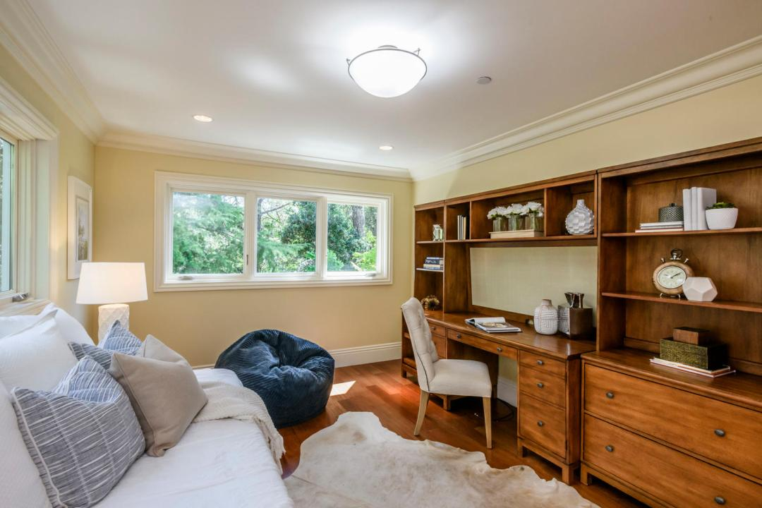 108 La Loma Ln Burlingame CA-large-042-33-Bedroom-1500x1000-72dpi